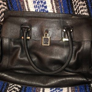 Black Leather Vince Camuto tote